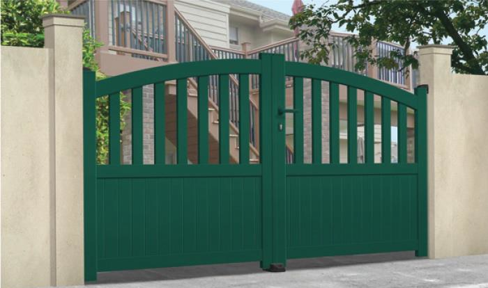 9 Aluminium Gates