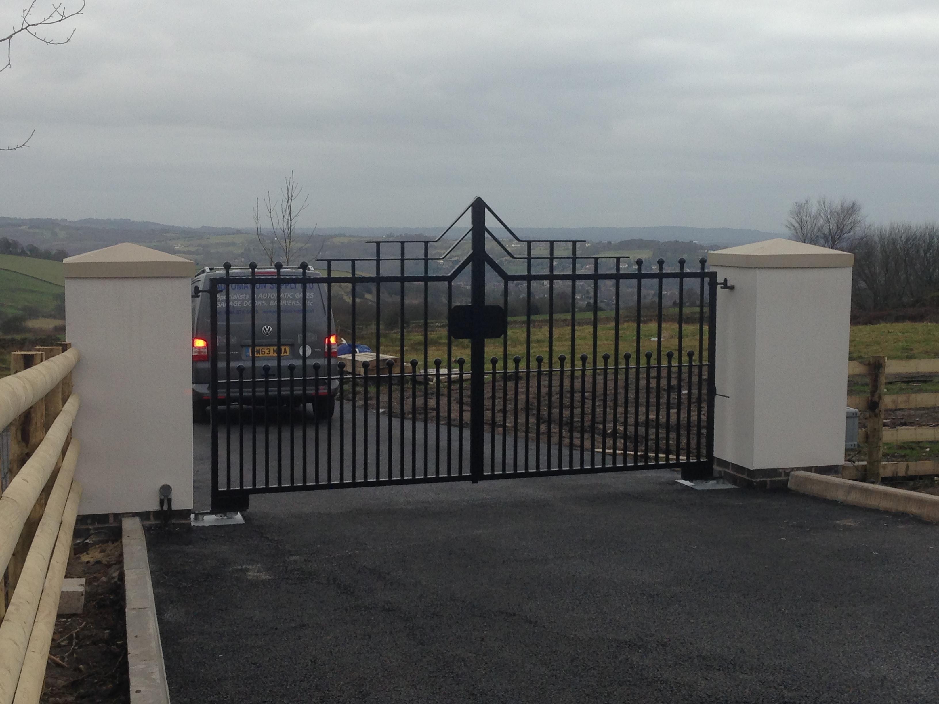 Installation of new wrought iron gates nice bm