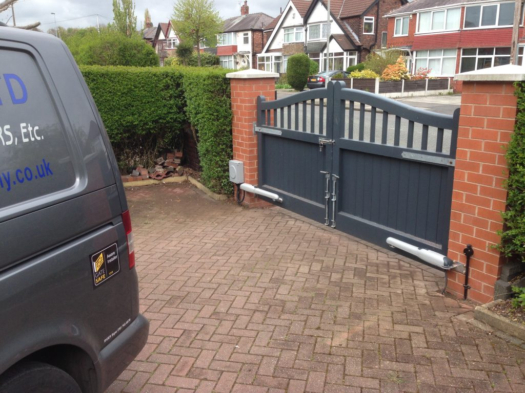 IMG_0250-1024x768 New Installation of Wooden Gates, Nice Wingo 2024 [Swinging Gate Automation System]