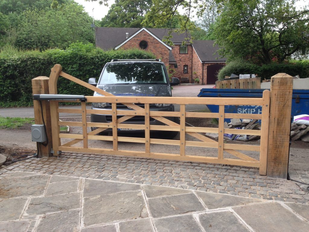 IMG_0318-1024x768 New Installation of Automation to Five-Bar Farm Gate [SINGLE Swinging Gate Automation System]