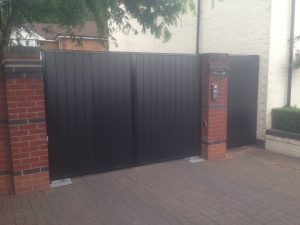 IMG_2542-300x225 GREY COMPOSITE GATES IN STEEL FRAME & AUTOMATION