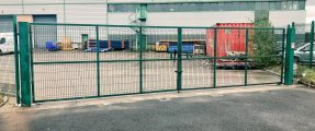 DOUBLE AUTOMATED SWING GATES FOR HGV LOADING AREA – BM4024
