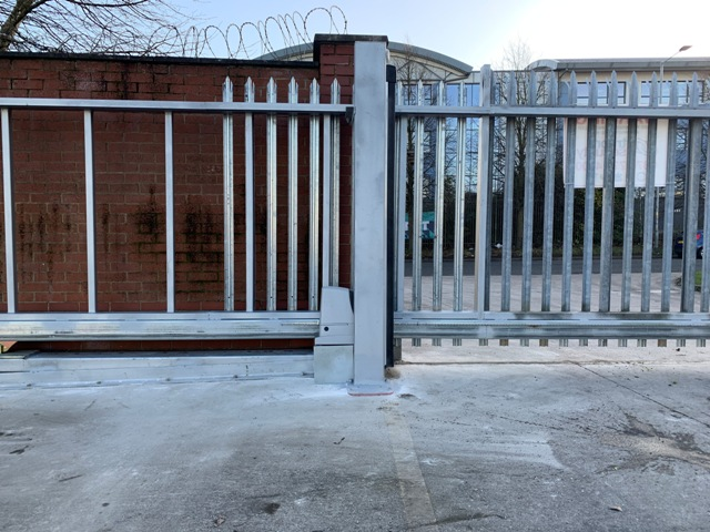 IMG_0200 New Commercial Installation [Conversion of existing swing gates to a sliding gate]